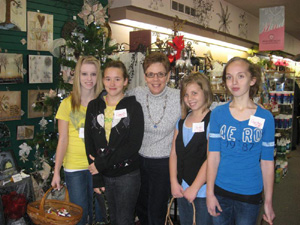 Sisters and Cousins Nicole, Danielle, Jordan & Courtney and Jackie in the middle